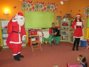 ...I w końcu jest! Długo przez nas wyczekiwany Święty Mikołaj:) a w dodatku z workiem pełnym prezentów! :-)